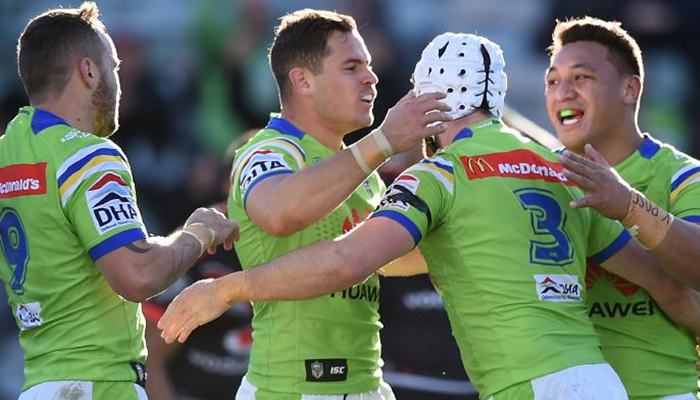 Canberra Raiders celebrate a try during the 2016 NRL season.