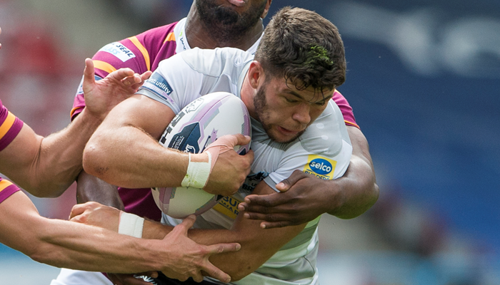 Foster given trial at Castleford