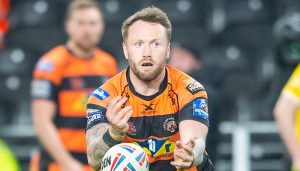 Castleford and Huddersfield complete player swap