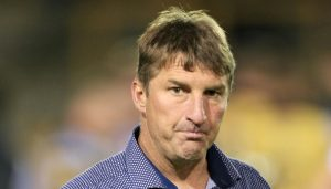 "Hull KR ""looking for more than one halfback"" says Tony Smith"