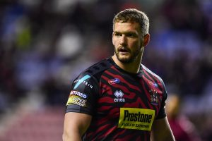 Wigan forward signs final contract