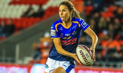 Leeds star Courtney Hill to play for Sydney Roosters