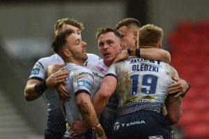 Catalans-Leeds game OFF with Rhinos player showing coronavirus symptoms