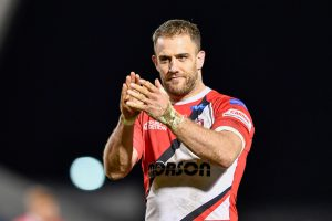 Salford forward signs new deal